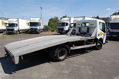 Location Utilitaire Porte Voiture location d un camion porte voiture renault maxity locabest