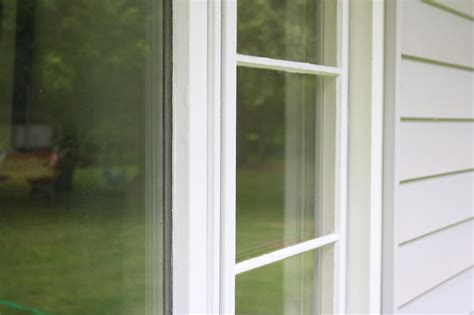 learn   paint  window exterior  tos diy