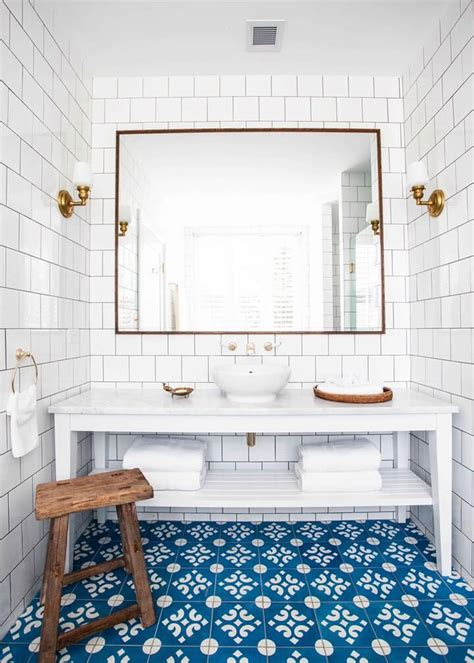 Bathroom Floor Ceramic Tile by Ceramic Floor Tiles The Pros And Cons Nonagon Style