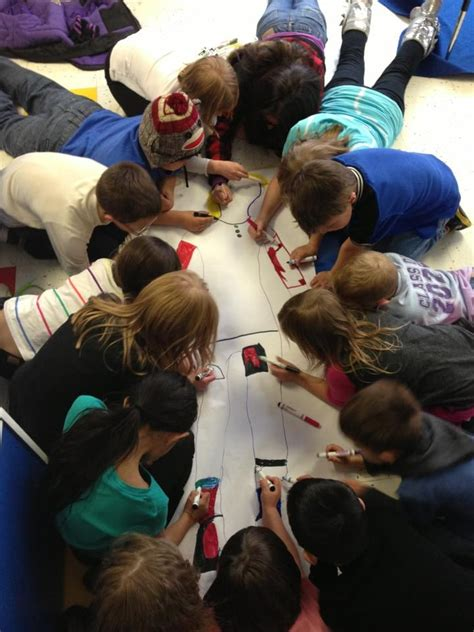 58 best images about teamwork for children on 959 | dfeb016224ec040f769cf29ad275db29 preschool art projects new students