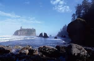 Sea Stacks Oregon Coast – Graphic-in-site