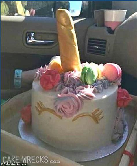 baker   bake  unicorn cake  horn ends