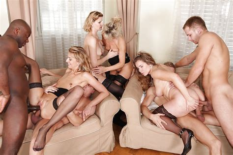 Lewd milf In Nylons Have A Fervent double penetration Orgy With Hung Lads