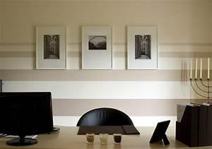 Wand Farbig Streichen Ideen : streifen an der wand streichen tipps und ideen ~ Lizthompson.info Haus und Dekorationen