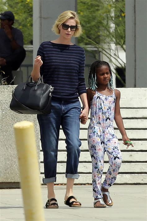 charlize theron   visiting  federal building