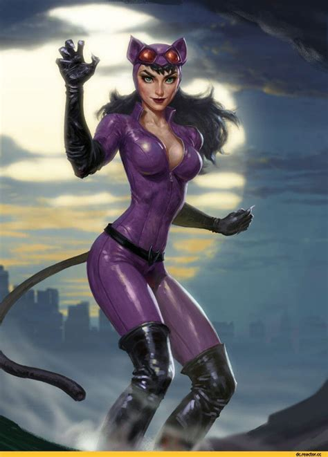 Sexy Catwoman Boobs Pictures Are Just Too Yum For Her Fans