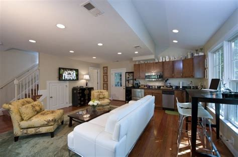 what is an in apartment hinman construction