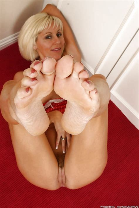 Steaming Mature Feet Soles Zb Porn