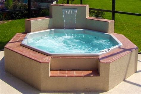 Hot Tub : How Much Does A Hot Tub Cost?-pool University