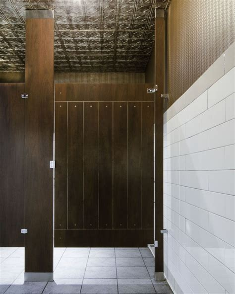 Ironwood Manufacturing Wood Veneer Toilet Partitions And