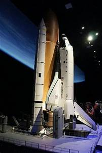 Shuttle Replica - Picture of Smithsonian National Air and ...