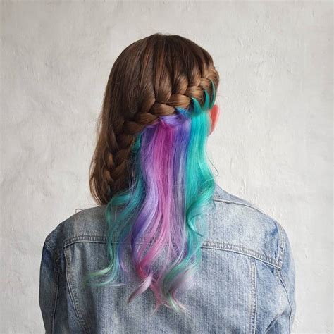 Hidden Rainbow Hair Broadsheetie
