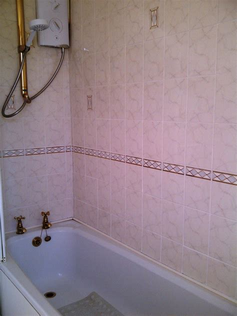 cleaning ceramic bathroom northtonshire tile doctor