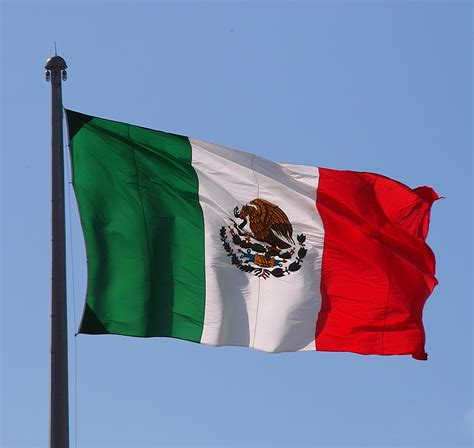 what color is the mexican flag week 16 mexico flag colors meaning history of mexico