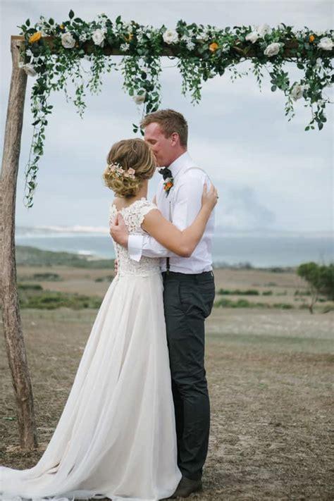 elise tysons romantic diy beach wedding