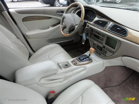 Ivory Interior 2000 Jaguar S-type 4.0 Photo #49440916