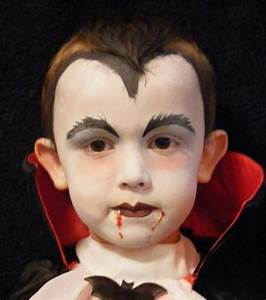 DIY Halloween Vampire Ideas - Hative