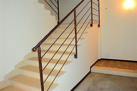 ringhiera interna moderna design moderno per la ringhiera scale in ferro battuto