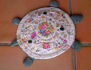 Make gorgeous stepping stones from broken china DIY