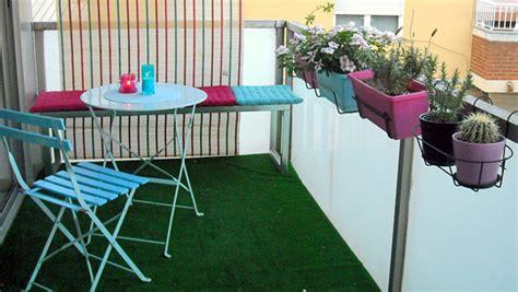 le gazon synthetique une idee deco pour balcon  terrasse