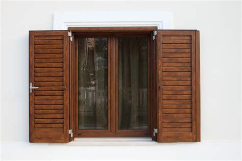 persiane legno persiane legno alluminio folusci tolentino macerata