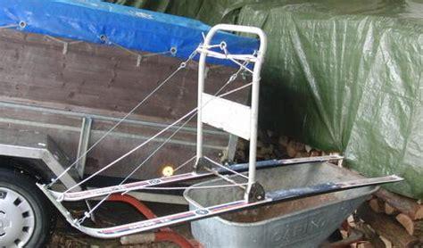 futterhaus für vögel selber bauen selbstgebauter frsrahmen verstellbar bauanleitung zum