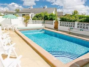 Bungalow Mit Pool : detached bungalow with outdoor heated swimm homeaway ~ Frokenaadalensverden.com Haus und Dekorationen