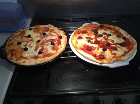 four professionnel de cuisine ingredient pate a pizza professionnel 28 images les 25
