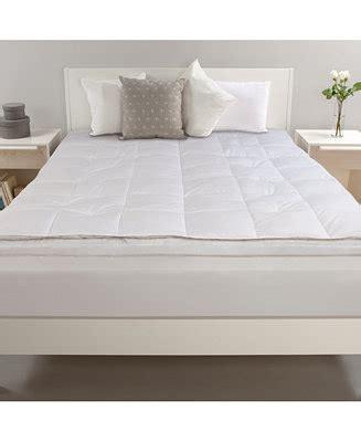 macys mattress topper comfort revolution 5 quot feather and memory foam