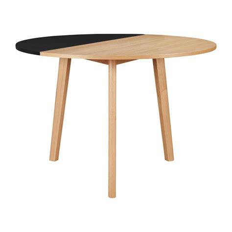 Klappbarer Tisch by Pivot Tisch Klappbar Aus Eiche Und Schwarz Design By