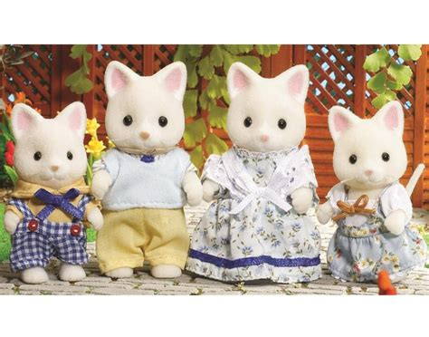Sylvanian Families Cat Family by Sylvanian Families Silk Cat Family Educational Toys