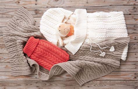 Babyschlafsack Mit Zopfmuster  Kostenlose Strickanleitung