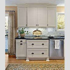 Shaker Painted Cabinets  Kitchen Ideas