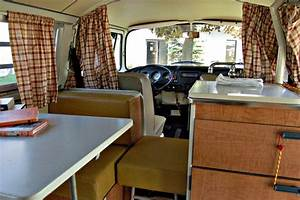 File1970 vw camperjpg wikimedia commons for What kind of paint to use on kitchen cabinets for classic car wall art