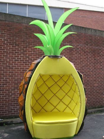 pineapple chair neobychnye stulya krutye komnaty