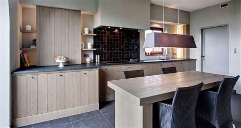 oak kitchen cabinets 1000 images about zelliges keuken on tes 3450