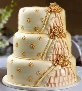 gold wedding cake gold wedding cake make the anniversary memorable