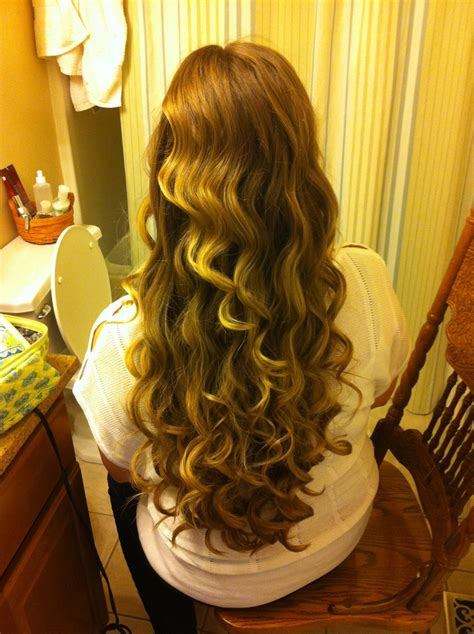 curling hair with wand hairstyle ideas in 2018