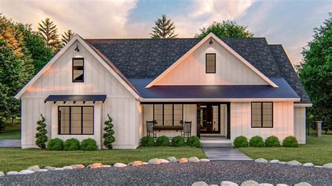 4 Bedroom Single Story Ranch with Private Primary Suite