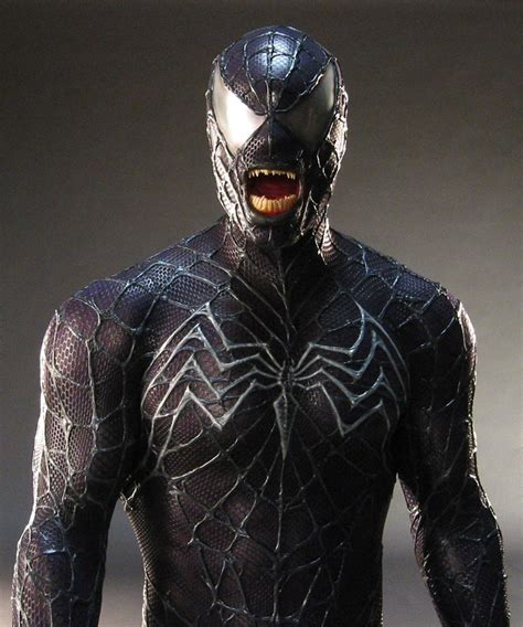 Venom Lo Spinoff Di Spiderman Torna In Vita Alla Sony