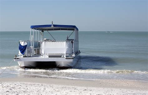Pontoon Accessories by The Top Pontoon Boat Accessories You Should