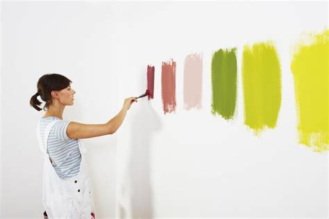 The Right Way To Test Paint Color