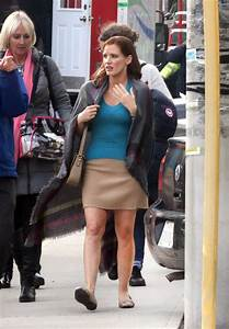 Jessica Chastain on Set of the Mollys Game in Toronto ...