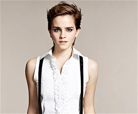 Emma Watson Short Hair Looks (4) : LatestReviewz.com