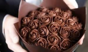valentines gifts for boyfriend day 2017 gift ideas for him chocolate roses