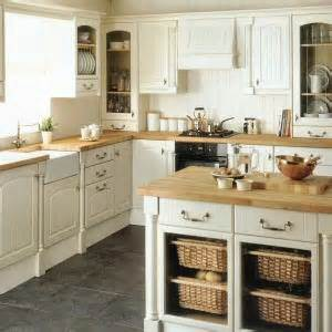 tenby kitchen from howdens joinery the tenby kitchen