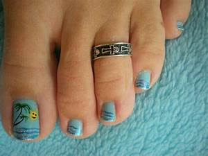15 Summer-Inspired Beach Toenail Designs | Nail Design Ideaz