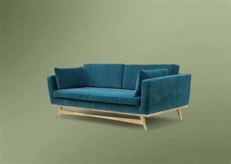 rededition canapé 1000 idées sur le thème canapé en velours bleu sur