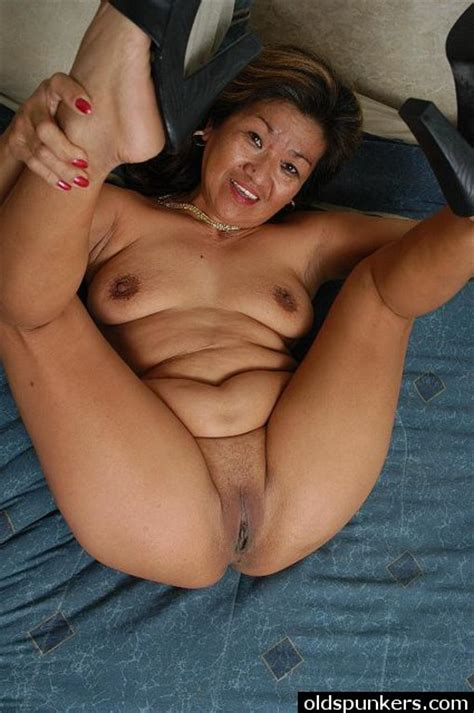 Latina Granny Loves Stuffing Pussy With Big Cock Xxx Milfs