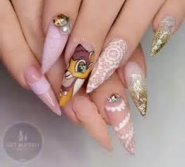 Stylish acrylic nail design ideas perfect for fashionisers